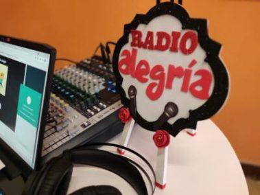 Radio Alegría: connecting children with their school