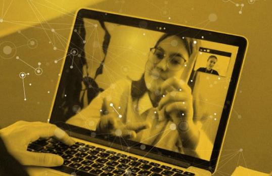 Hacia modos educativos híbridos: formación a 400 docentes uruguayos