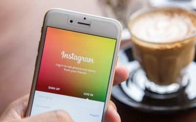 How Service-Based Businesses Can Sell Solutions Using Instagram