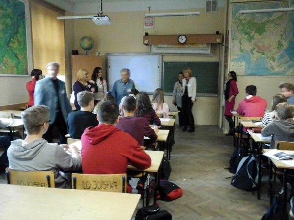 School tour- Geography class // Turul școlii - ora de geografie