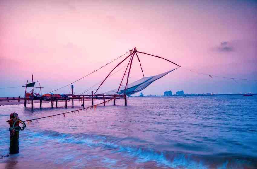 Cochin | Enjoy The Night Away