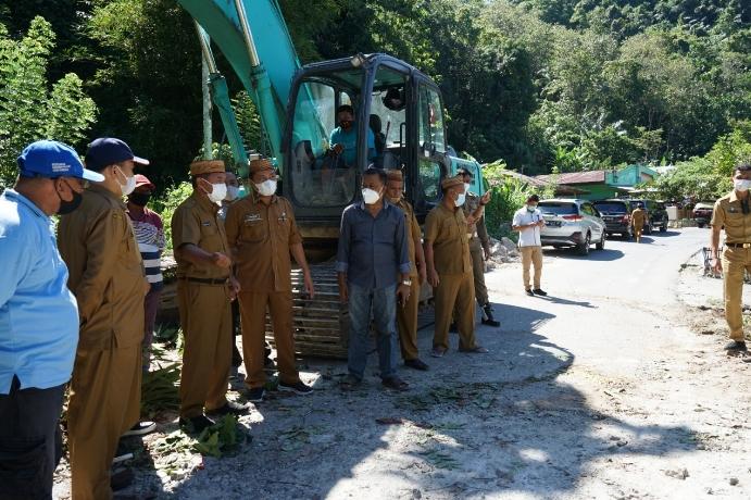 Pembangunan Ruas Jalan Gorontalo-Suwawa-Tulabolo Dimulai
