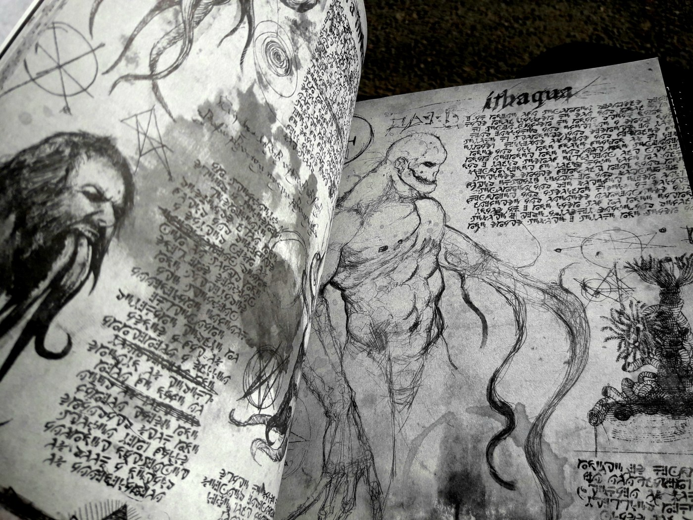 Necronomicón: The Book of Hell (2018) – Read & Survive