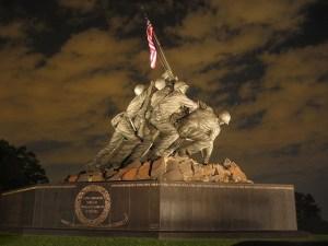 us-marines-war-memorial-800934_640