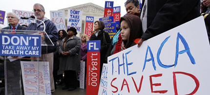 Obamacare supporters at the Supreme Court. (photo: Jonathan Ernst/Reuters)