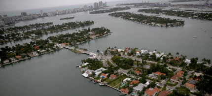A new study shows greatly increased chances for catastrophic near-term sea level rise. Here, Miami Beach, among the most vulnerable cities to sea level rise in the world. (photo: Joe Raedle/Getty)