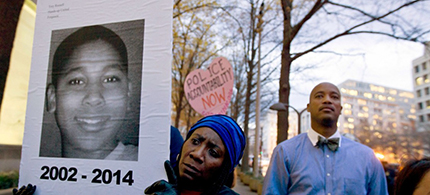 A rally on behalf of Tamir Rice. (photo: Jose Luis Magana/AP)