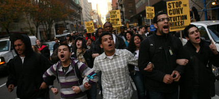 In 2011, hundreds of CUNY students and sympathizers protested while the board of trustees met at Baruch College. (photo: Michael Appleton/The New York Times)