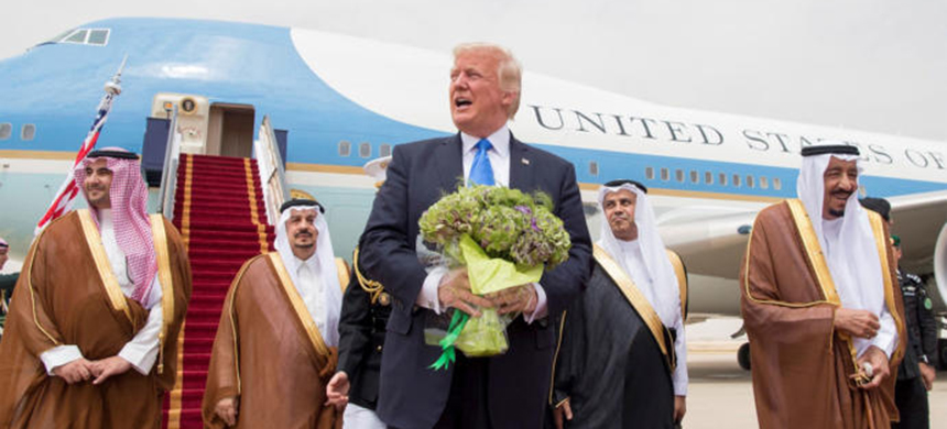Trump in Saudi Arabia. (photo: Getty Images)