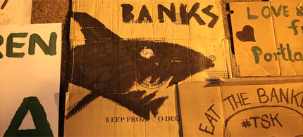 Street art at Occupy Wall Street expresses a widely-held sentiment towards banks, 09/22/11. (photo: jamie nyc/flickr)