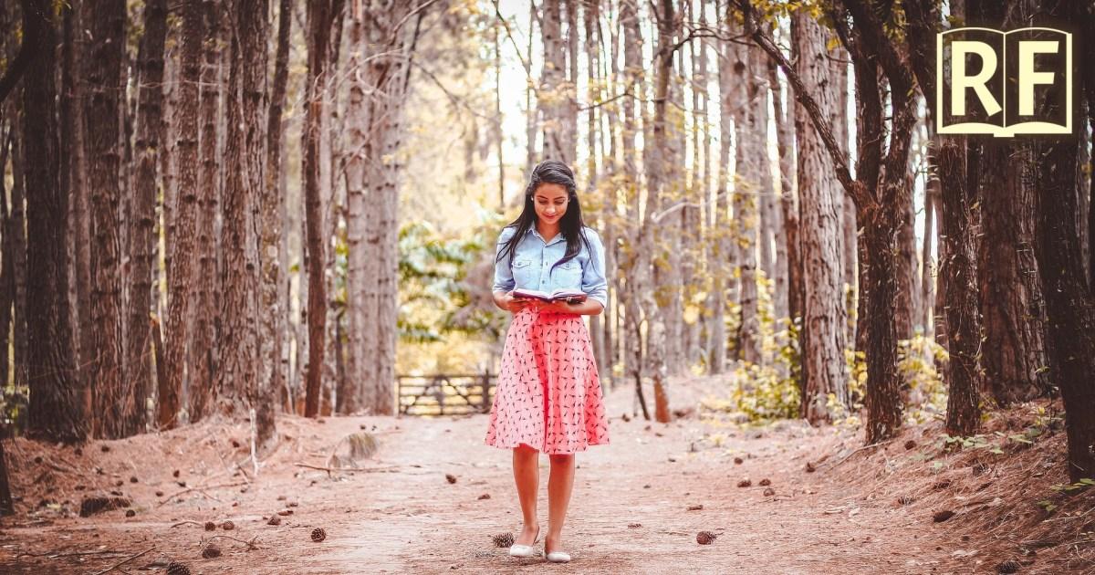Walking reading sutta practice