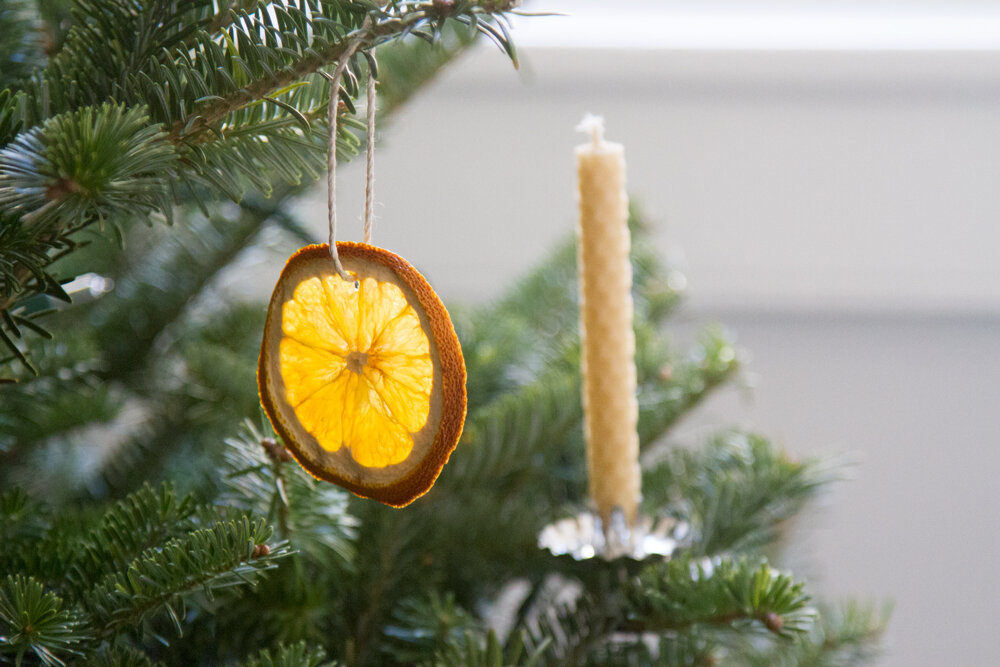 dried orange ornaments | reading my tea leaves