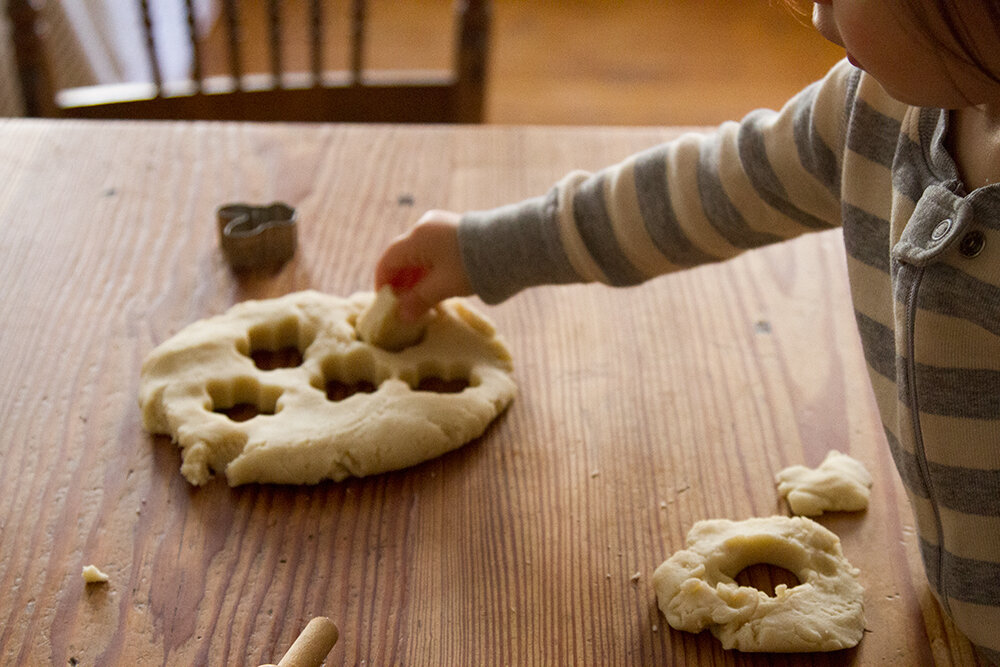 make your own five-minute playdough   reading my tea leaves