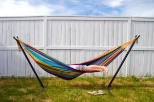 hammock fence no hurry