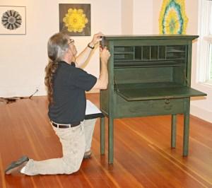 Byrdcliffe Iris Desk Bob Lang