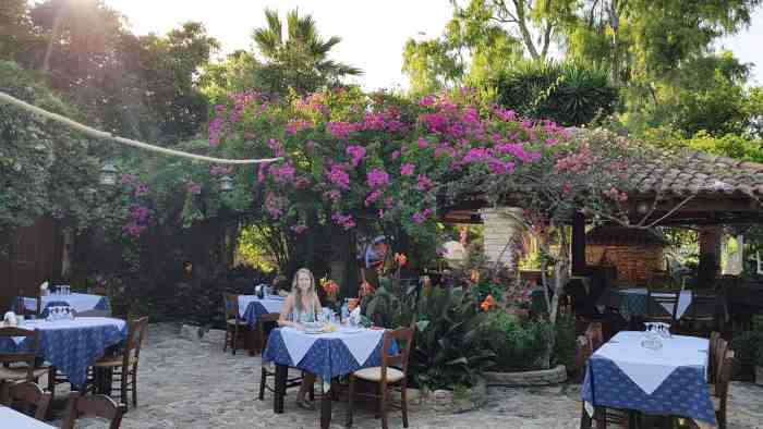 Best restaurants in Zakynthos: Kosta's brothers tavern