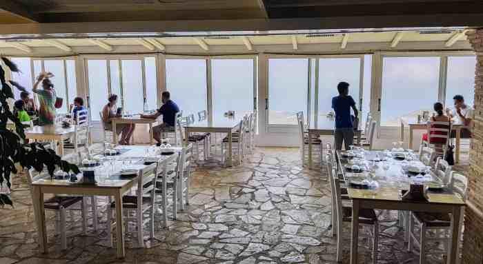 Best restaurants in Zakynthos:Aeras taverna