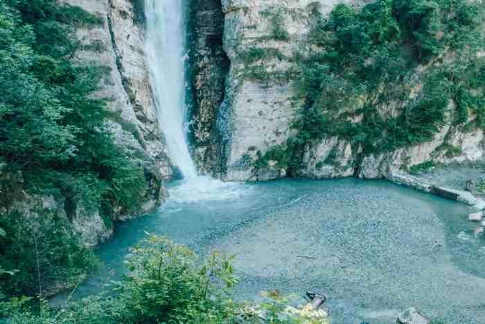 Wasserfall baden schweiz