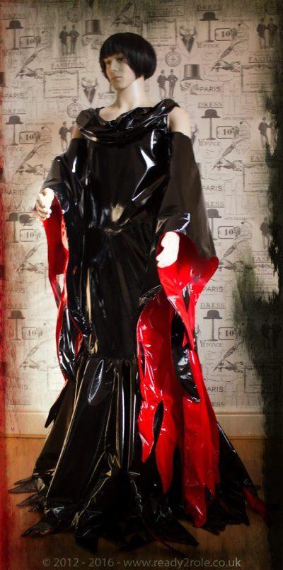 """""""Morticia"""" PVC Costume 1"""