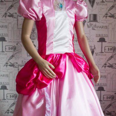 Princess Peach – Custom Creation in Satin 1