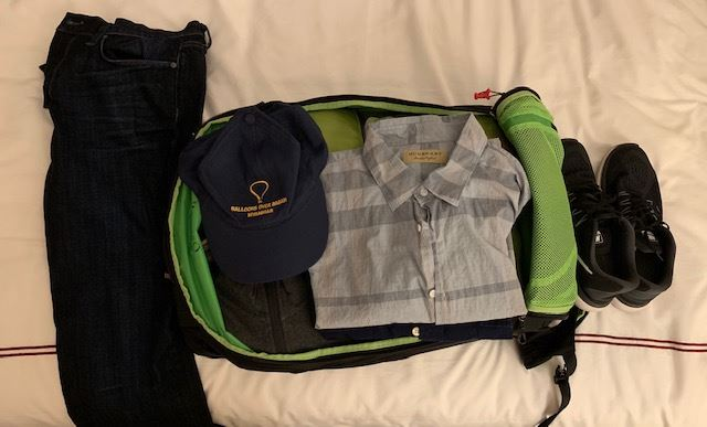 digital nomad packing