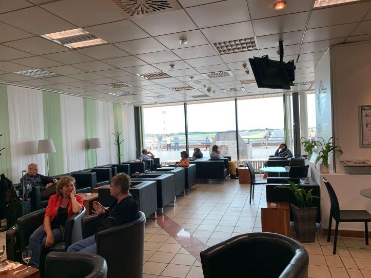 Seating Berlin Schönefeld Airport Priority Pass Lounge