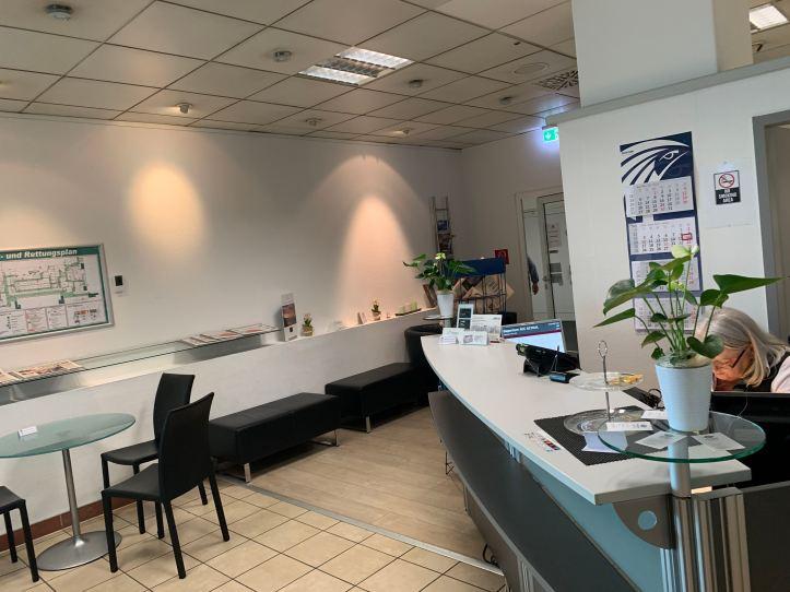 SXF Lounge Reception Desk
