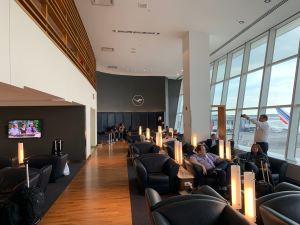 Lufthansa Senator Lounge JFK Terminal 1 Seating
