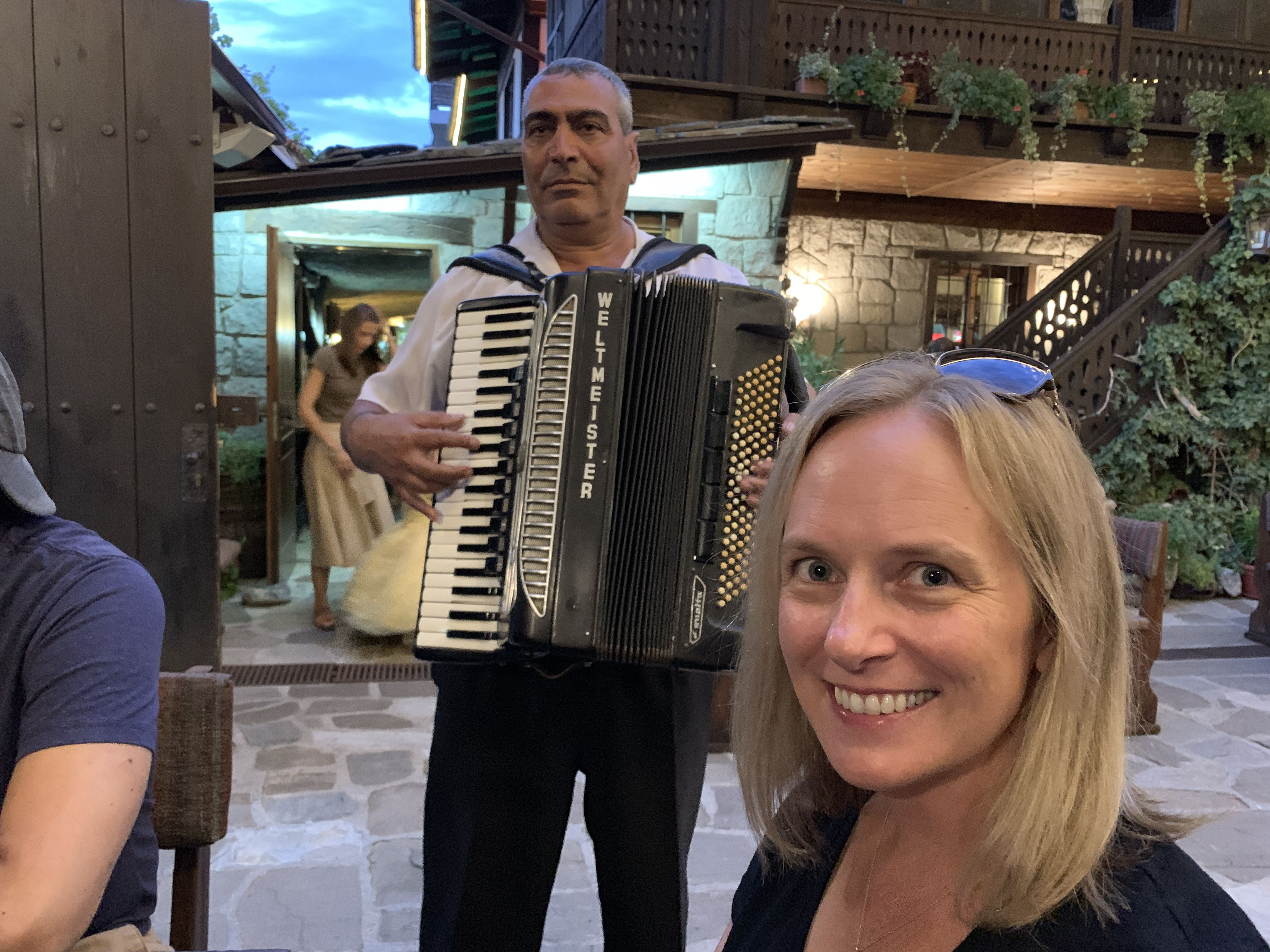 Molerite Restaurant Bansko Guitar Accordion