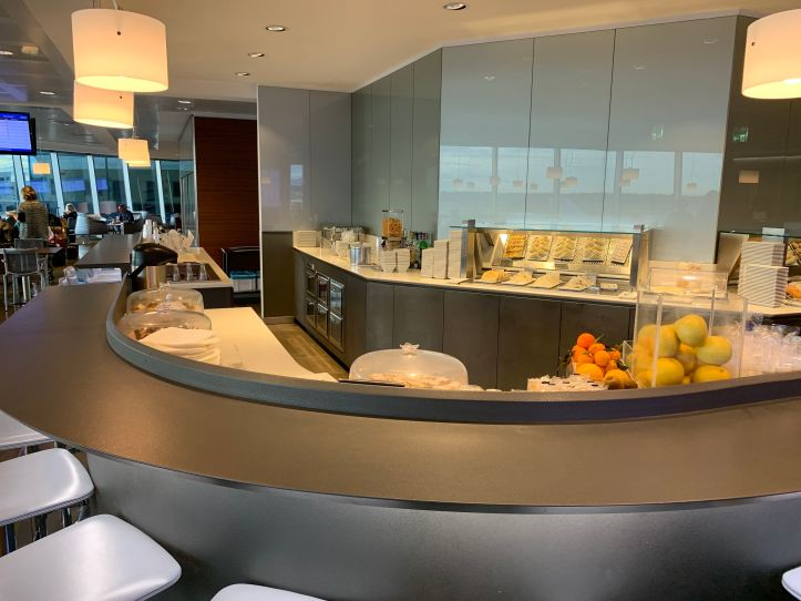 Priority Pass Lounge Malpensa Airport Terminal 1 Sala Montale Food Bar