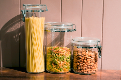 Are You Packing? 5 Inexpensive Ways to Store Your Food