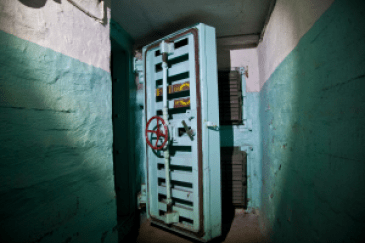 bomb shelter fallout shelter