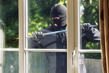 Safety First: 5 Ways To Prevent A Burglary While You Aren't At Home