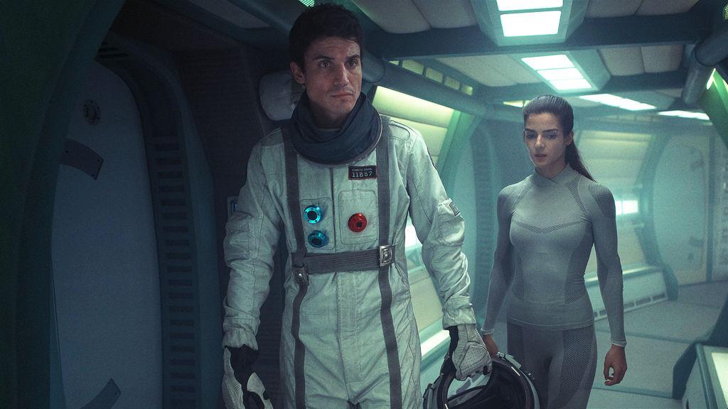 Orbiter 9 - Netflix Original - Review