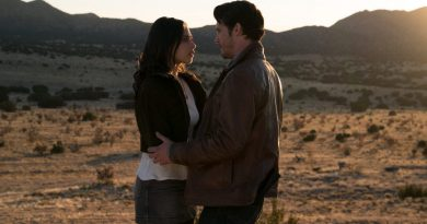 Roswell New Mexico Episode 1 Pilot Recap