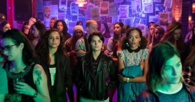 Trinkets Netflix Review