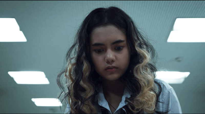 "The Stranded (Netflix) Season 1, Episode 1 recap: ""The Ruins"""