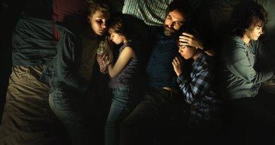 Mythomaniac (Netflix) Season 1 review: Fake it until you make it