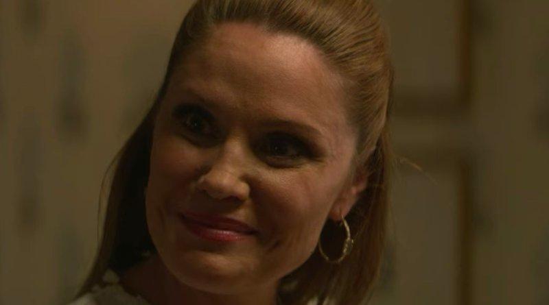 What are Debbie's secrets in Teenage Bounty Hunters season 1 - netflix series