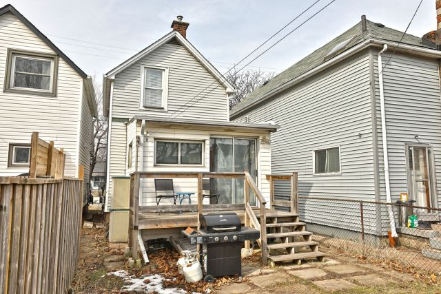 16 1 1024x683 - Recently Sold in East Hamilton