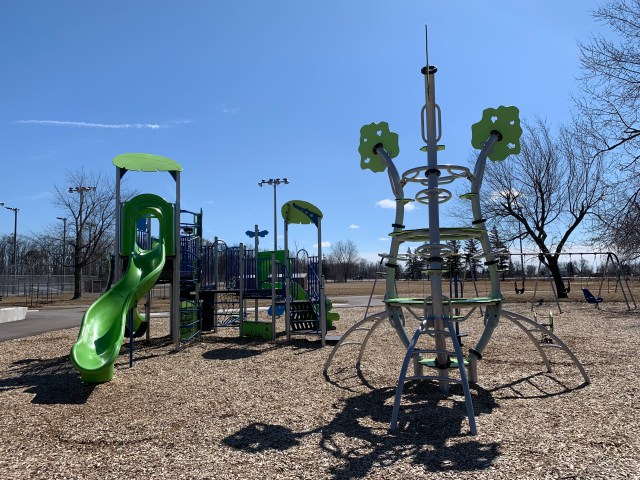 Play Ground2 1024x768 - Exploring Glanbrook ~ One Neighbourhood at a time ~ Mount Hope