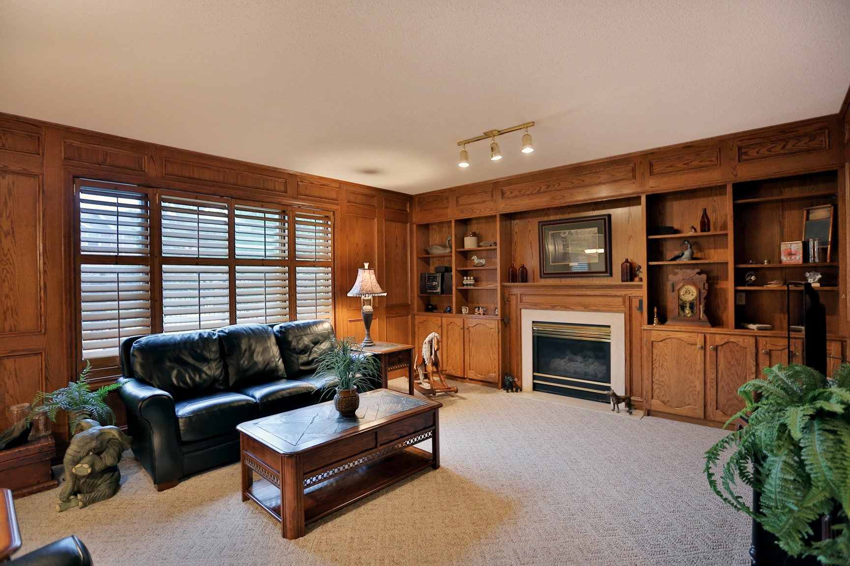 85 Galley familyroom3 - Recently SOLD in Ancaster