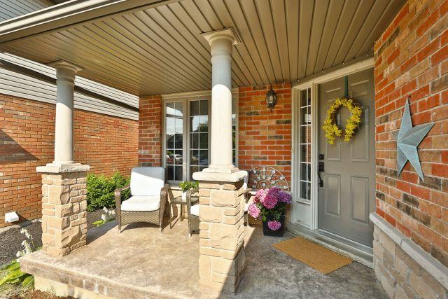 Glanbrook Binbrook 26 Switzer porch 2 1024x683 - Recently SOLD in Binbrook