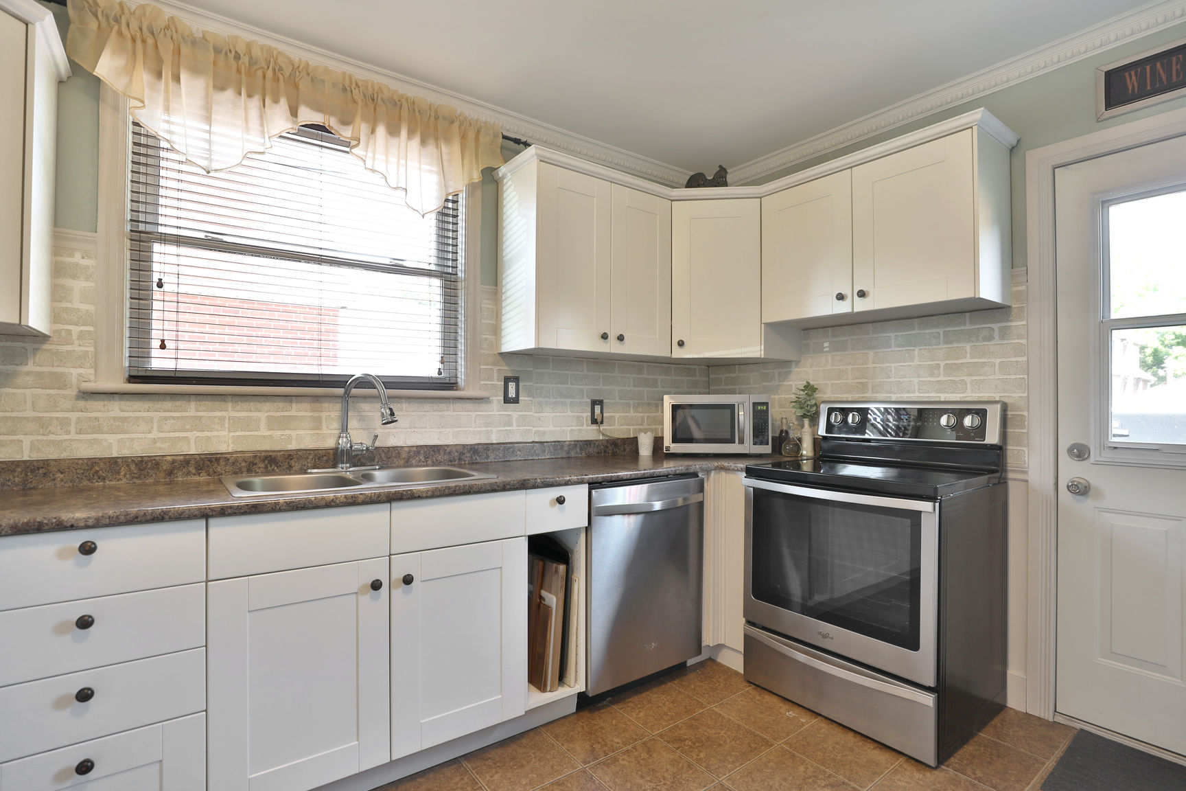 hamilton 258 east 18th kitchen 2 - Recently SOLD Central Hamilton Mountain