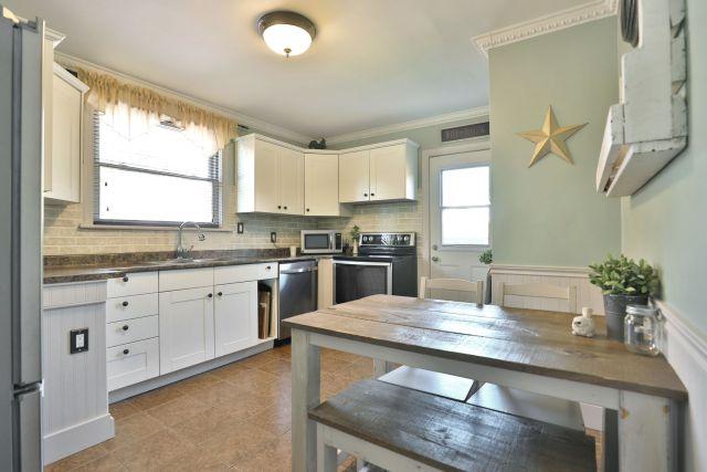 hamilton 258 east 18th kitchen 1024x683 - Recently SOLD Central Hamilton Mountain