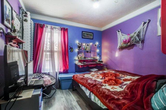 20 Primrose Hamilton Ontario bedroom4 - Recently SOLD in Crown Point, Hamilton