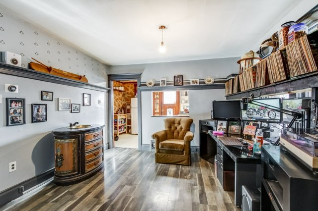 20 Primrose Hamilton Ontario dining room4 - Recently SOLD in Crown Point, Hamilton