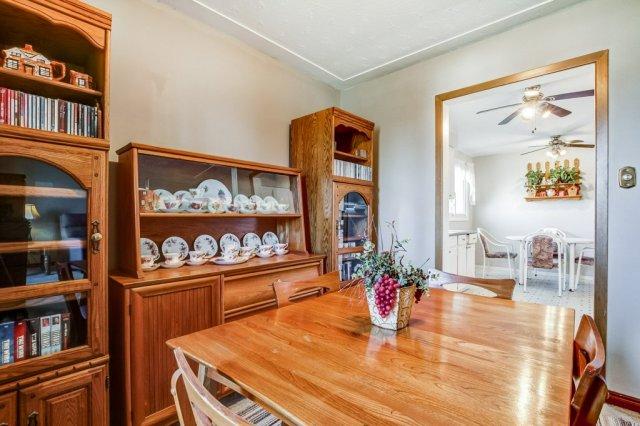 86 Eastbury Stoney Creek dining room2 - Recently SOLD in Stoney Creek