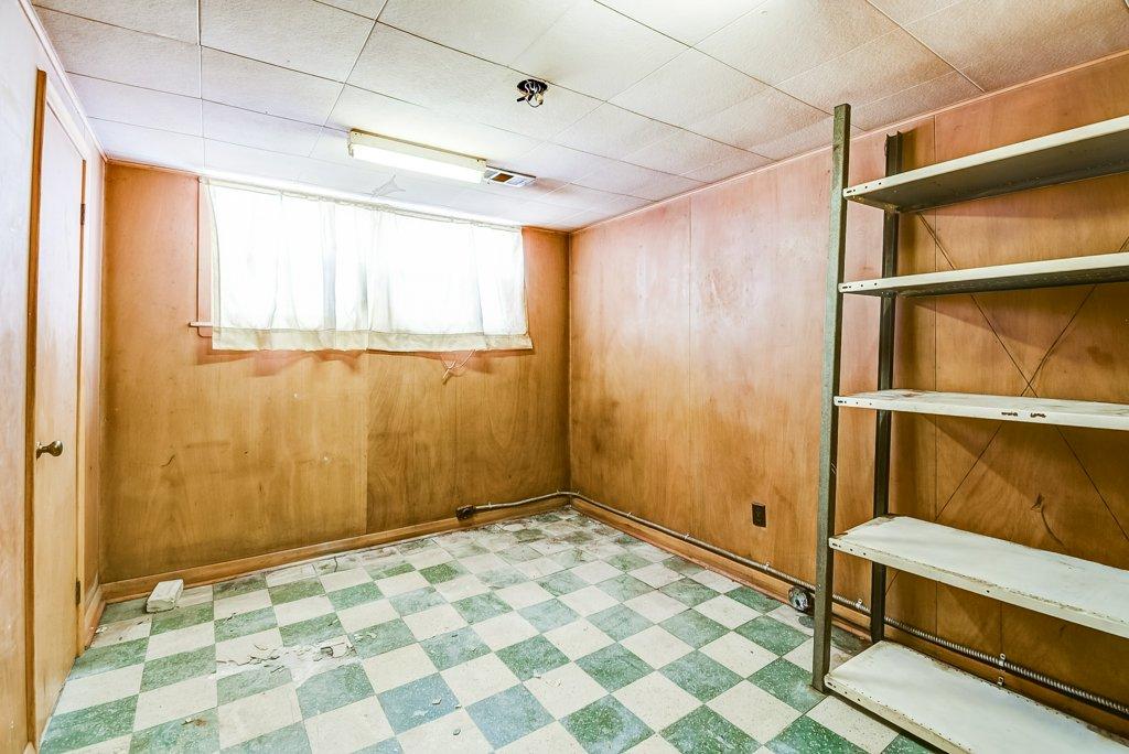 1372 Wren Oakville lower bedroom2 2 - Recently SOLD in Oakville