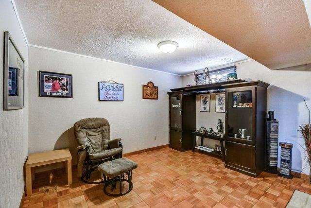 106 Garden familyroom3 3 - Recently SOLD on the Central Hamilton Mountain